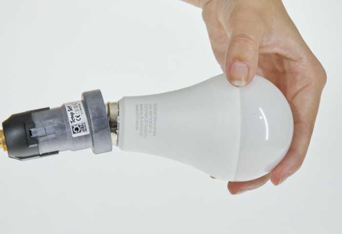 Terrarium Beleuchtung LED mit genormter E27 Fassung
